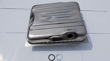 72 LATE -74 CHALLENGER 18 GALLON 4 FRONT VENTS STAINLESS STEEL GAS TANK