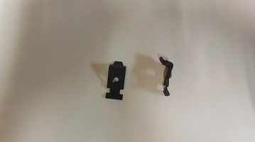 65-74 A, B, C & E BODY ARM REST RETAINING CLIPS SOLD AS A PAIR