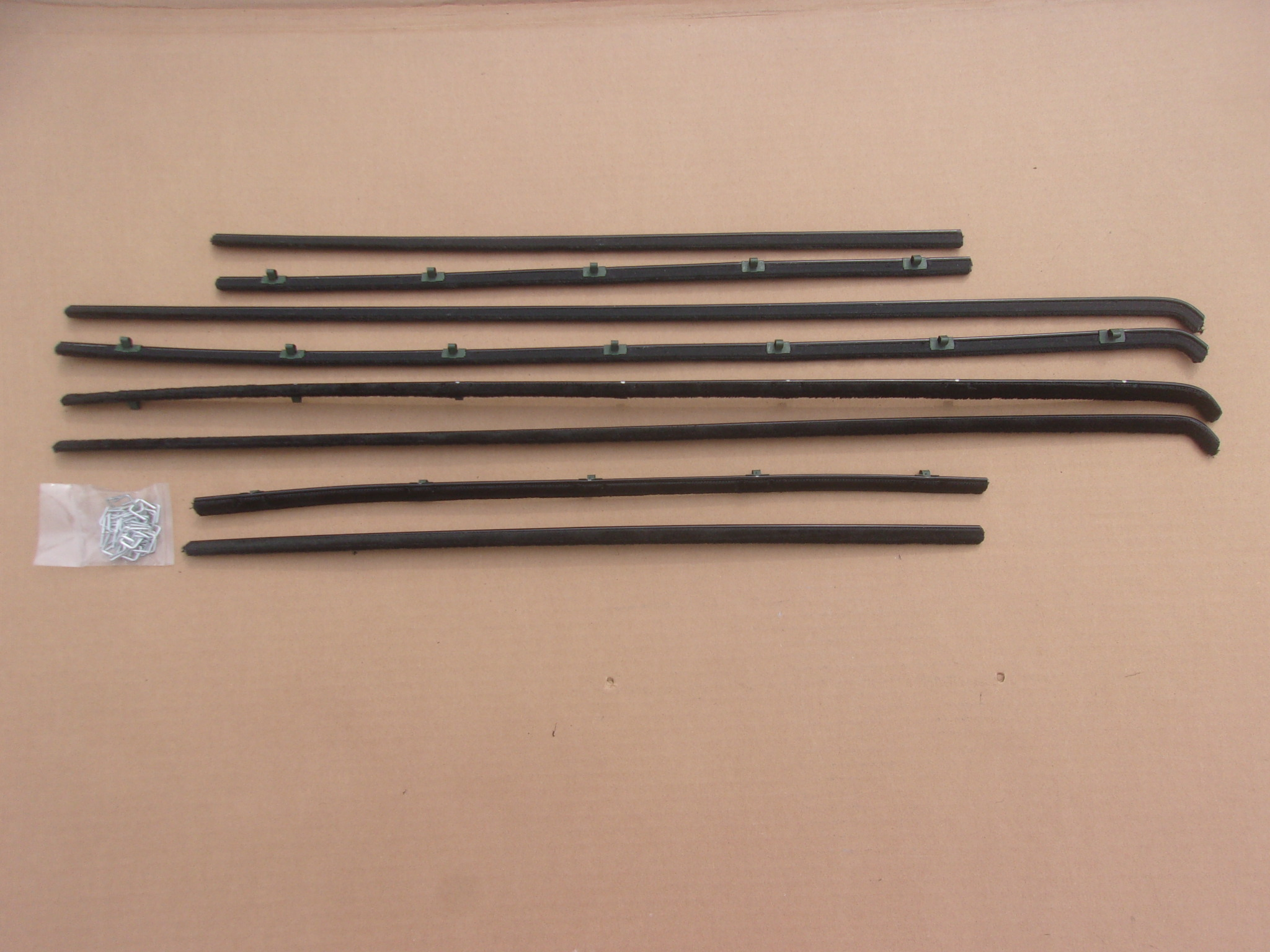 60-61 PLYMOUTH & DART 4 DR SEDAN BELT CATWHISKERS