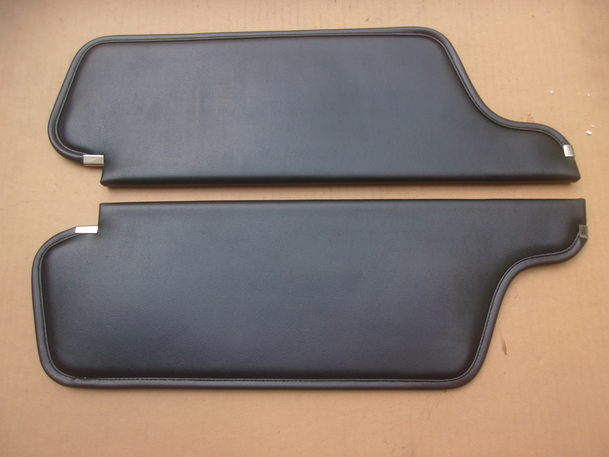 66-68 B-BODY HARDTOP SUNVISORS COLOGNE GRAIN
