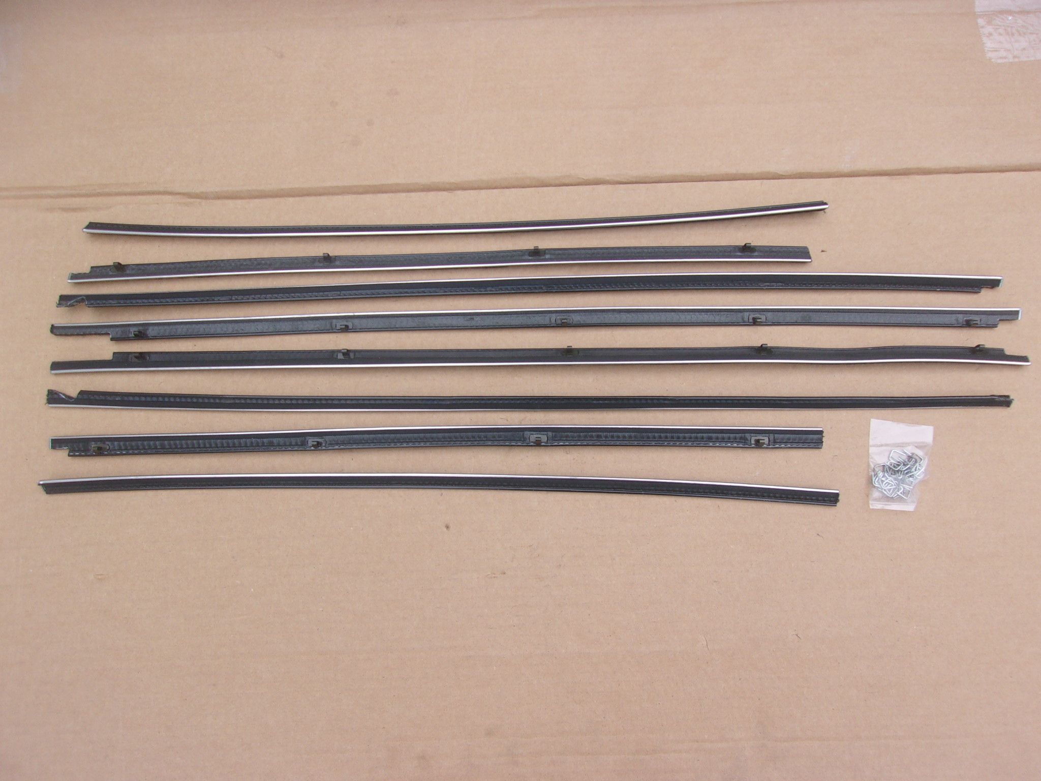 57-59 PLYMOUTH and DODGE HARDTOP BELT CATWHISKERS
